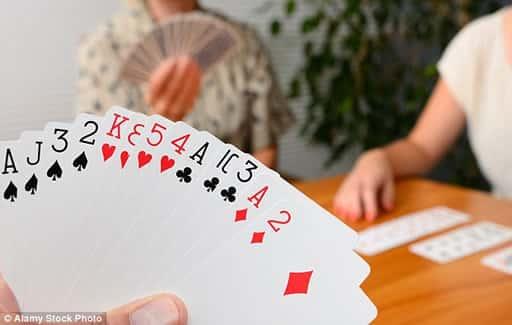 カードゲームは、安定した人気がある